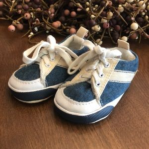 Faded Glory Shoes   Sneakers Size 2